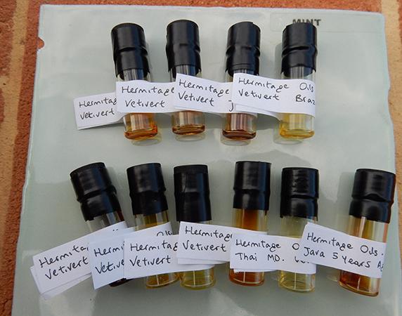 vetivert essential oil sample sets